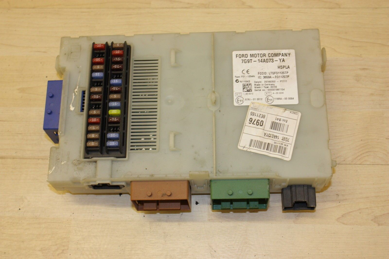 ford mondeo mk4 2.0 tdci body control module fuse box bcm 7g9t 14a073 ya 1681101 1192 p ford mondeo mk4 2 0 tdci body control module fuse box bcm 7g9t mondeo mk4 rear fuse box location at mifinder.co
