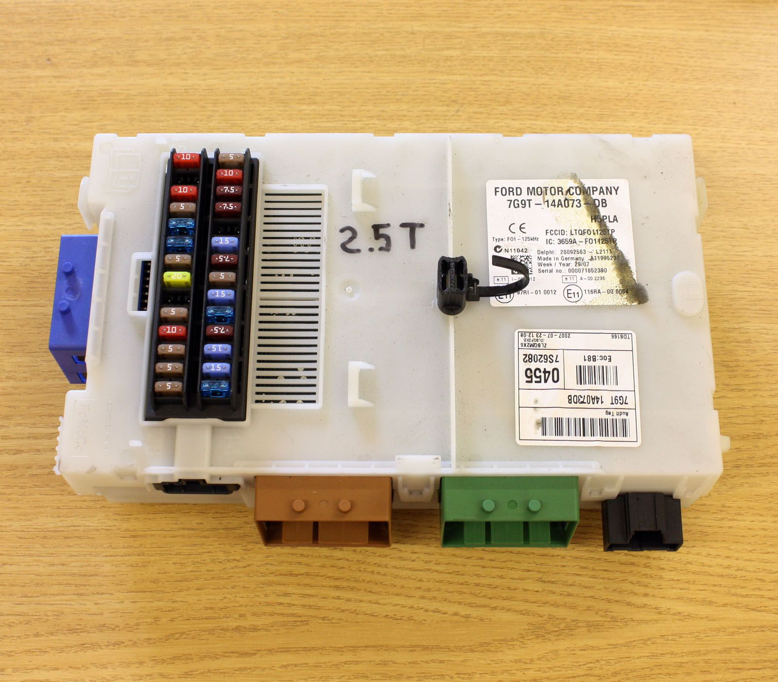 ford mondeo mk4 2.5 petrol body control module fuse box 7g9t 14a073 cf 1681101 1199 p ford mondeo mk4 2 5 petrol body control module fuse box 7g9t ford mondeo mk4 fuse box layout at panicattacktreatment.co